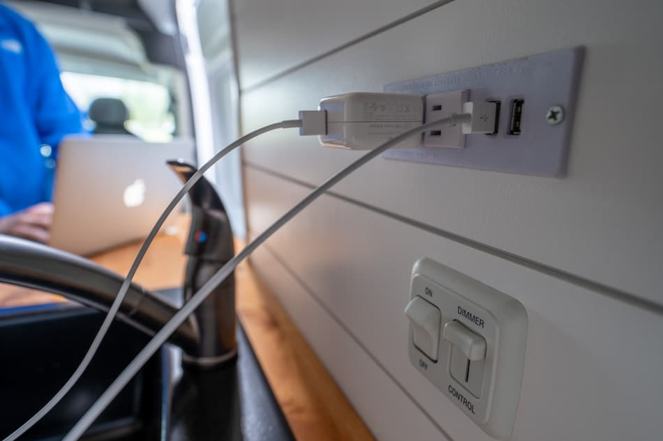 van electrical outlets