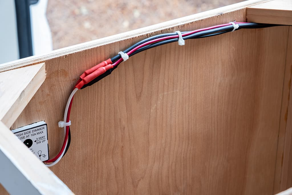 Light switch wiring for kitchen