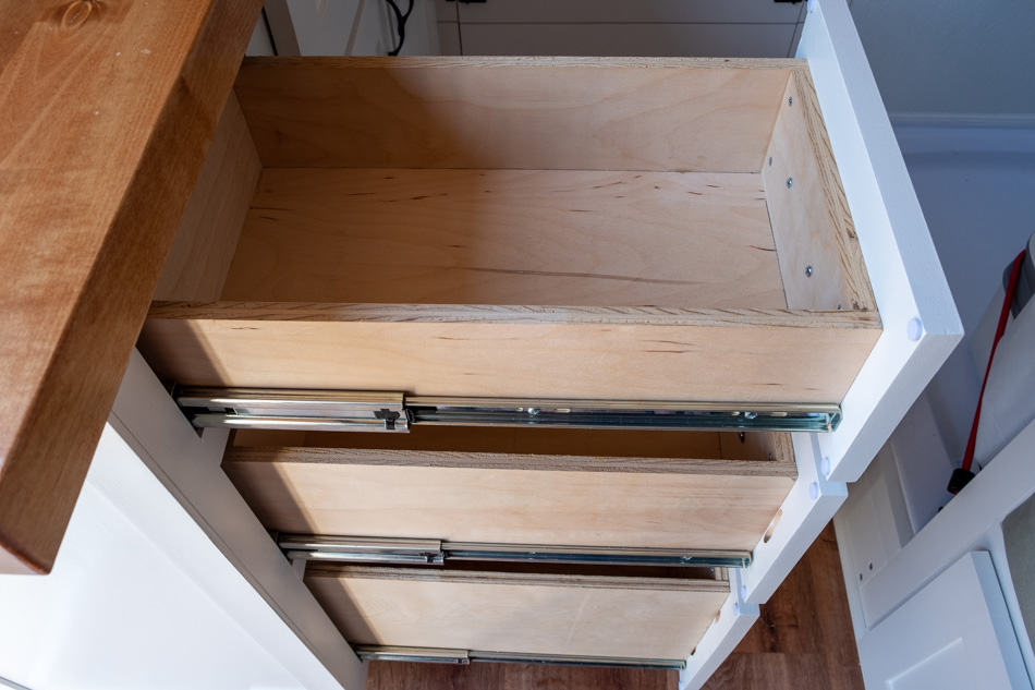 Kitchen cabinet drawers pulled out