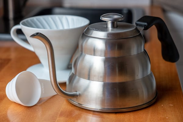 Coffee kettle and dripper