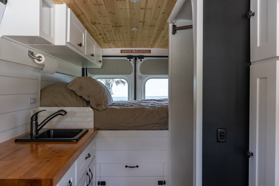 Fixed bed in a Class B RV